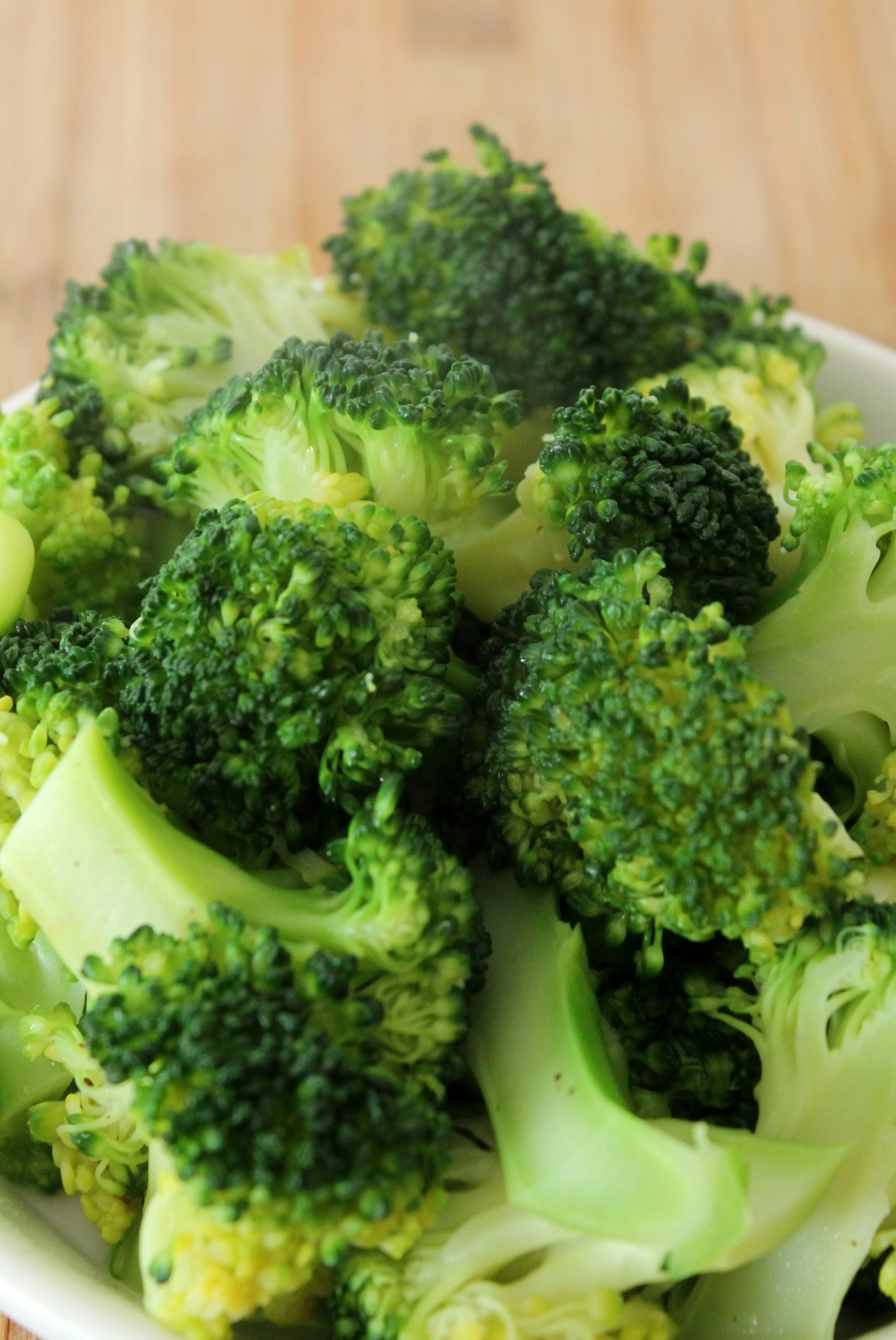 buttery-butter-lemon-broccoli-vegetables-dressing-limahl-asmall-tiny-budget-cooking-recipe-easy