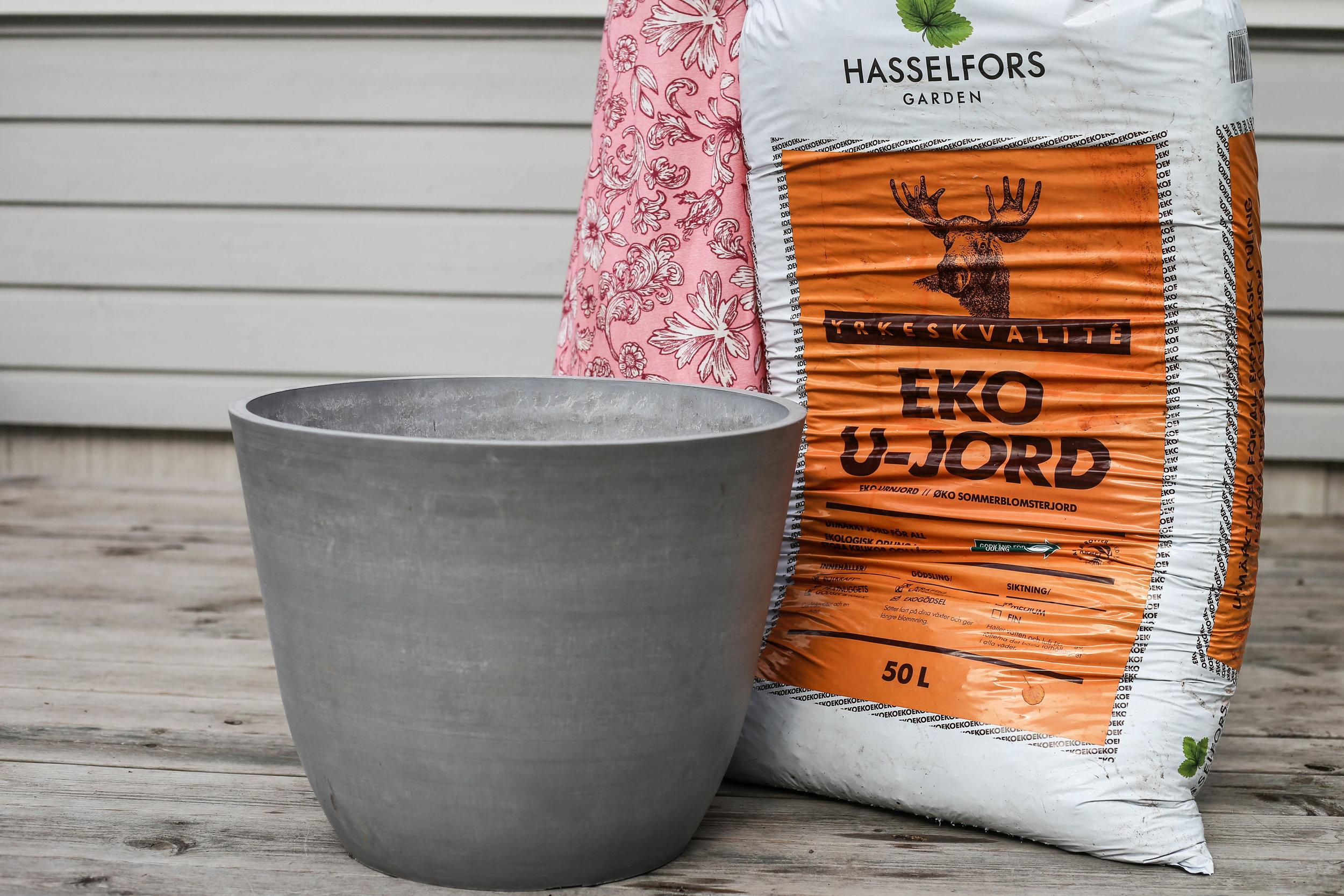 Hasselfors_HannaWendelbo_trädgård-2.jpg