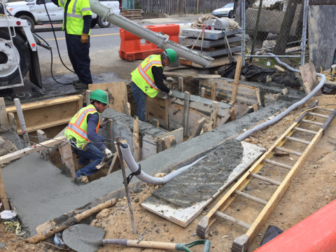 Contractor finishing concrete for outer walls for CB21 modificationfrom Sta. 45+35RT to Sta. 45+64RT