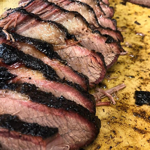 Brisket a la @durksbbq 🤘🏼 x @brandonteachout #brisket #bbq #meatsweats