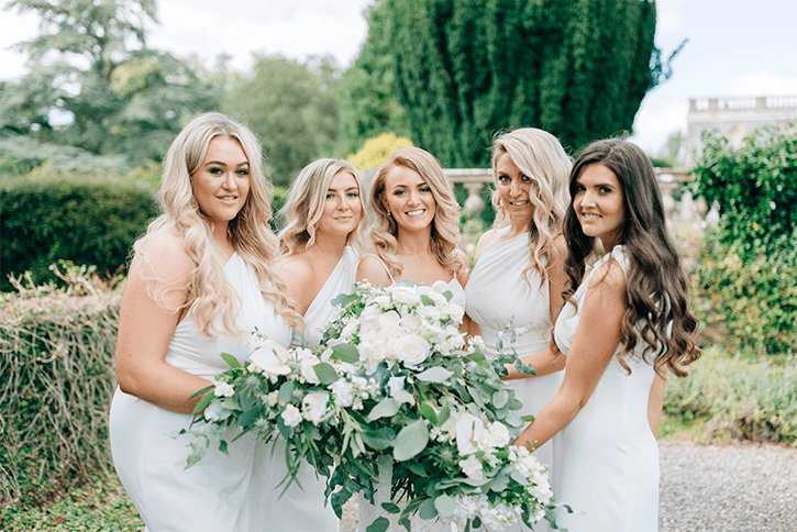 Blog Niamh_Smith_Irish_Wedding_Gallery_Gloster_House_H_18.png
