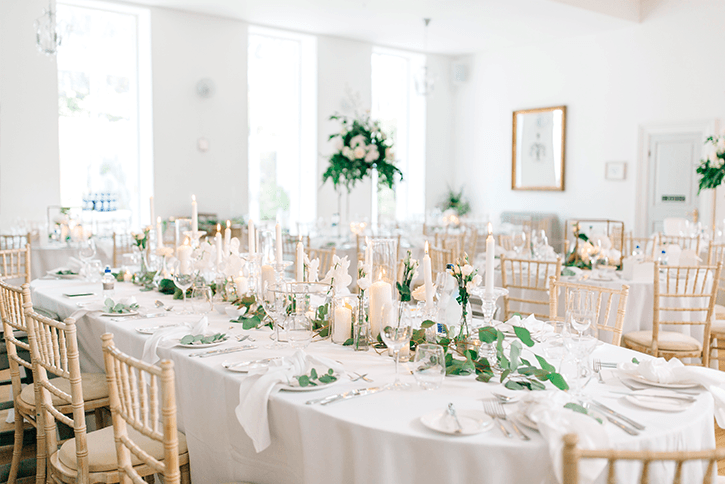 Blog Niamh_Smith_Irish_Wedding_Gallery_Gloster_House_H_20.png
