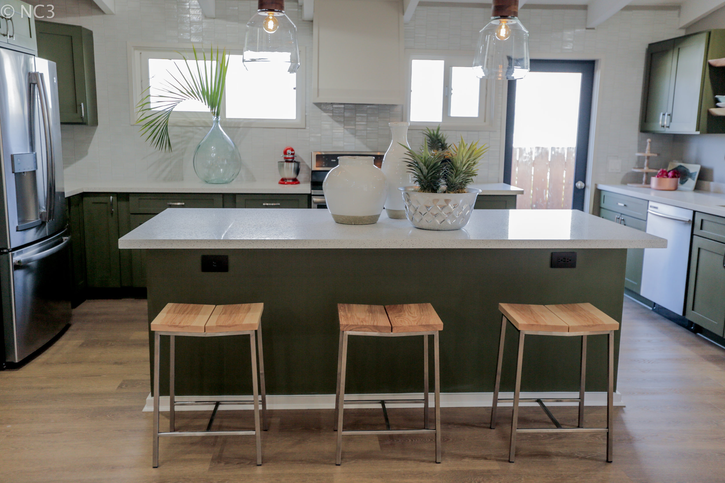 Kitchen Island_2758.jpg