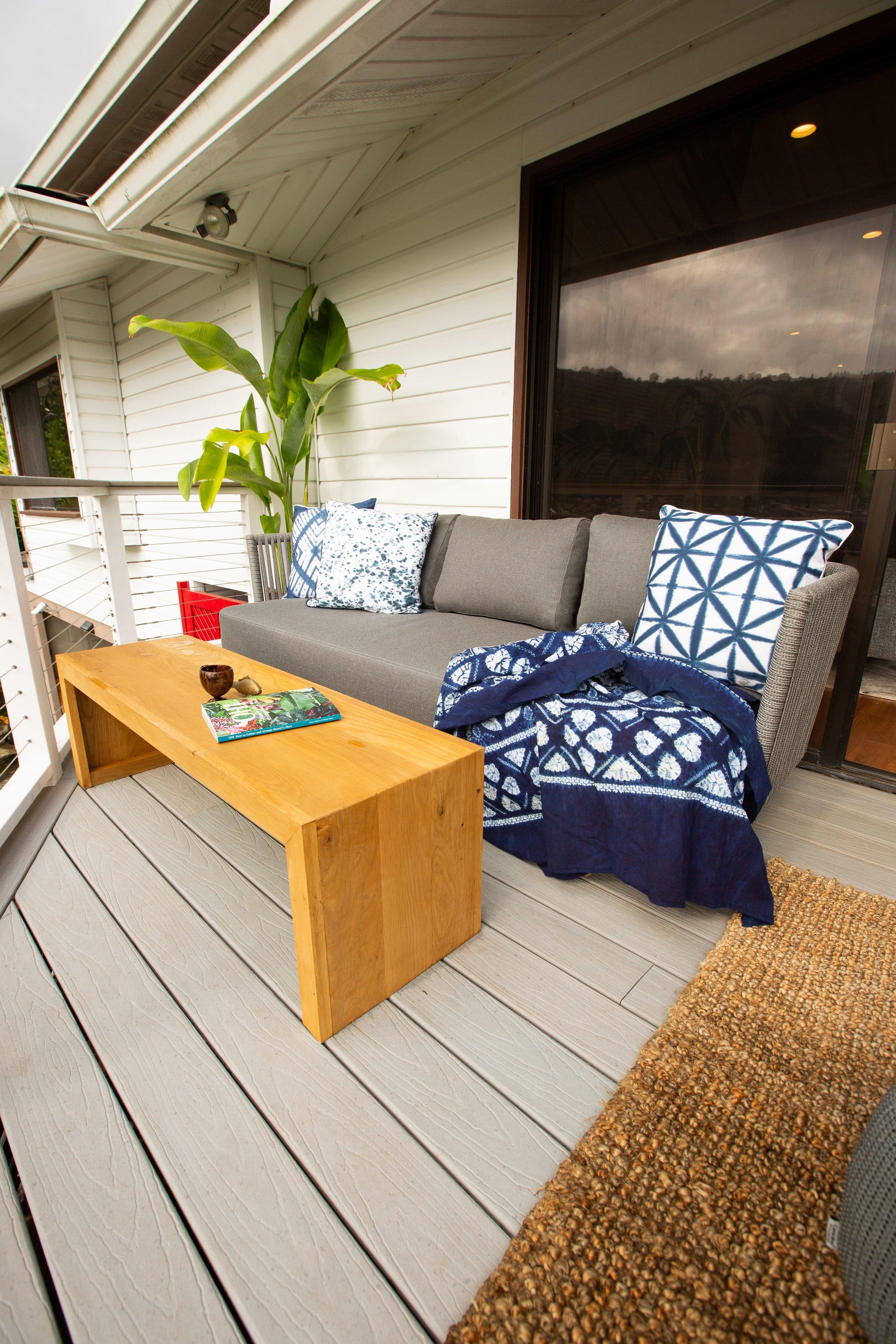 deck 2-min.jpg