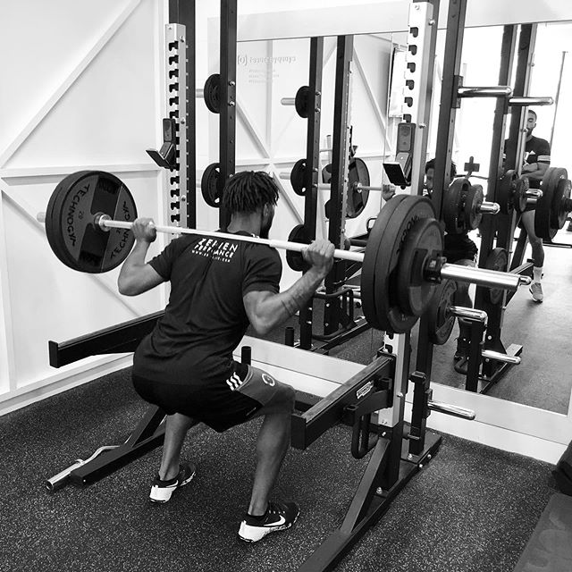 Neuromuscular Session for @allassani14 @thd_3110 & @alie_sesay1 today. • Banded Bounds Broad & Lateral • Lower Lomb Stiffness • Back Squat w/ Box Rebounds • Staggered Stance Deadlifts • Bent Over Row • Heavy 20m Sled Pushes