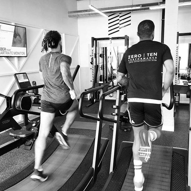 Trunk Stability, Groin & Psoas Conditioning, Single Leg Stability & 3x3 150m Intensive Tempo Runs for @thd_3110 & @allassani14 this morning.