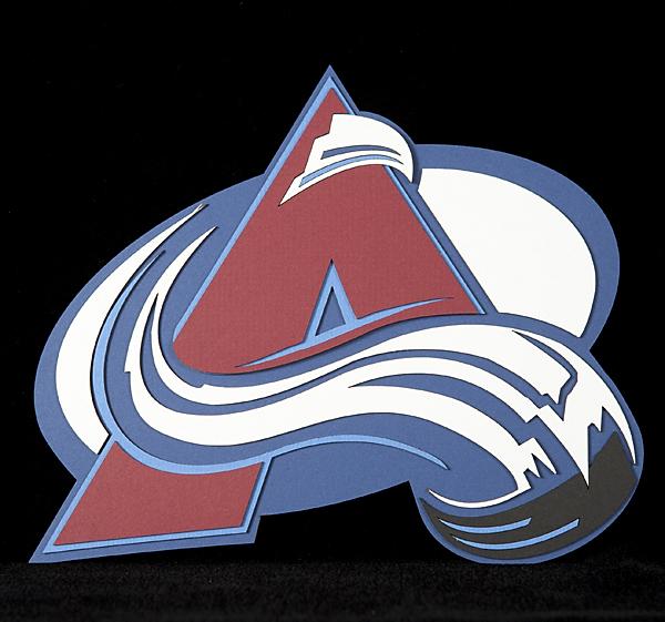Av's logo web.jpg
