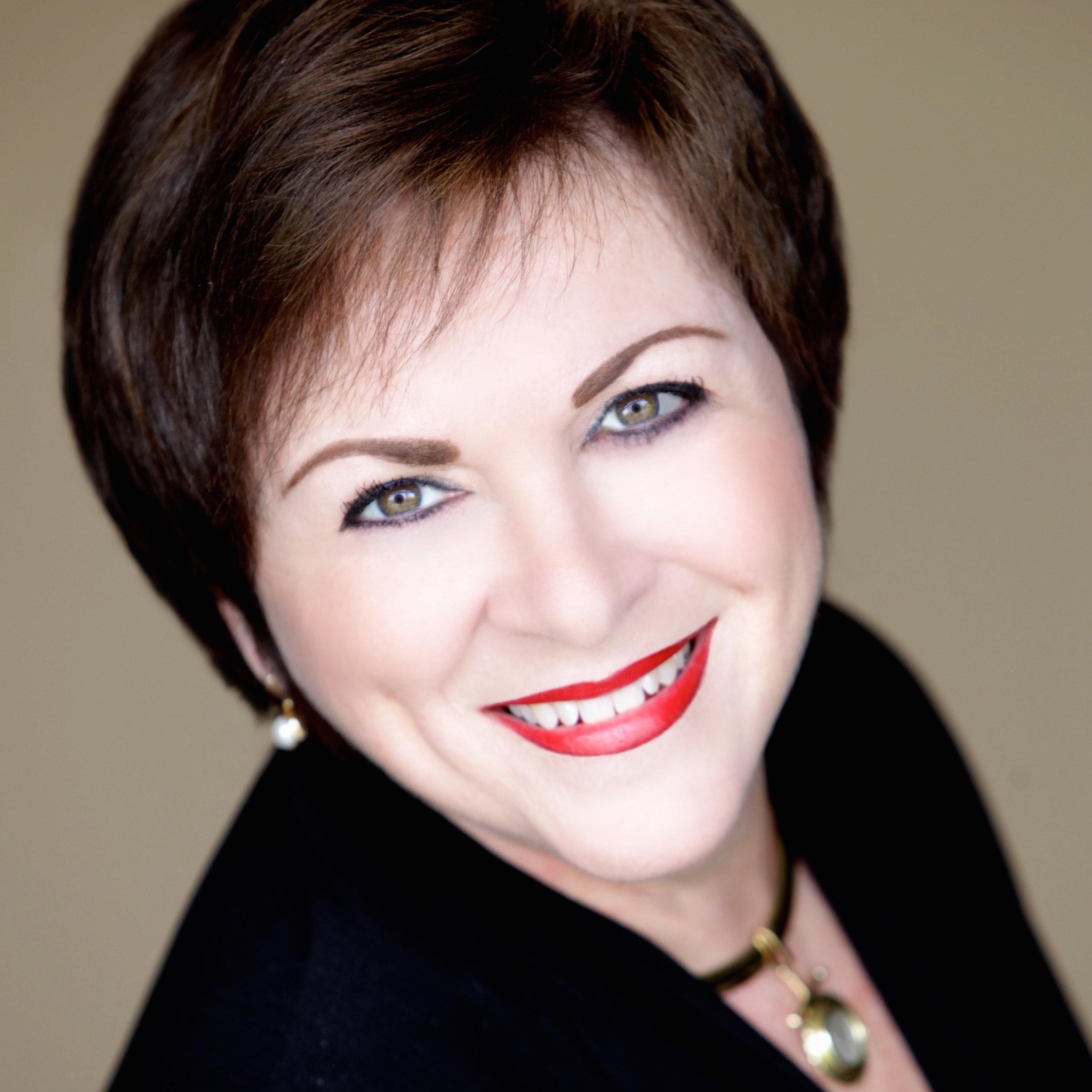 Promo Photo of Claudia Cantrell -Dan Carmody, Studio 7
