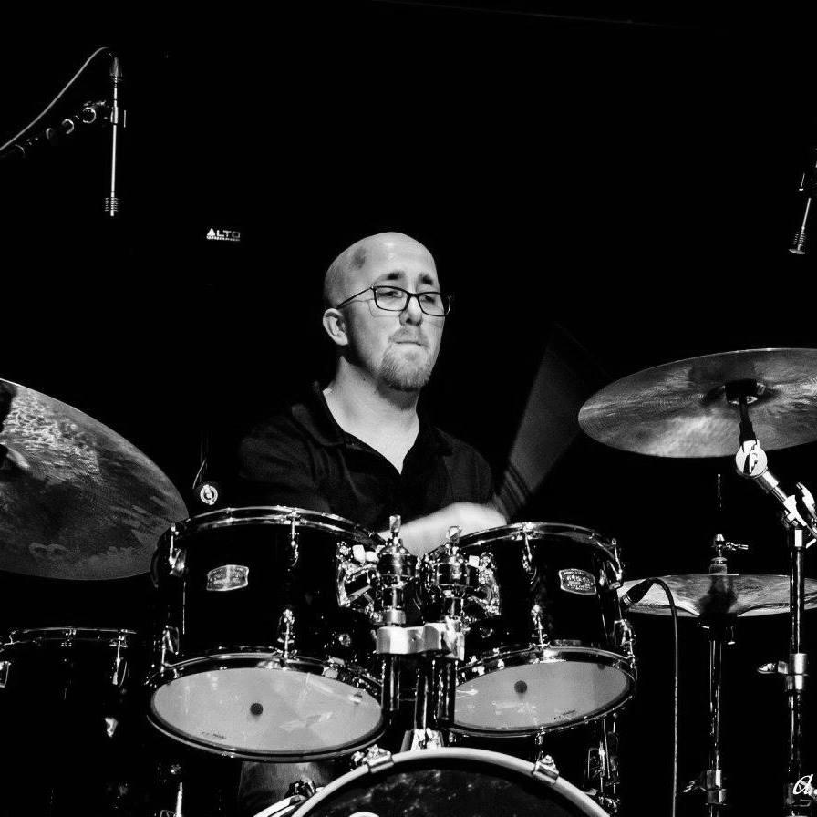 Alex Ortberg Performing Headshot.jpg
