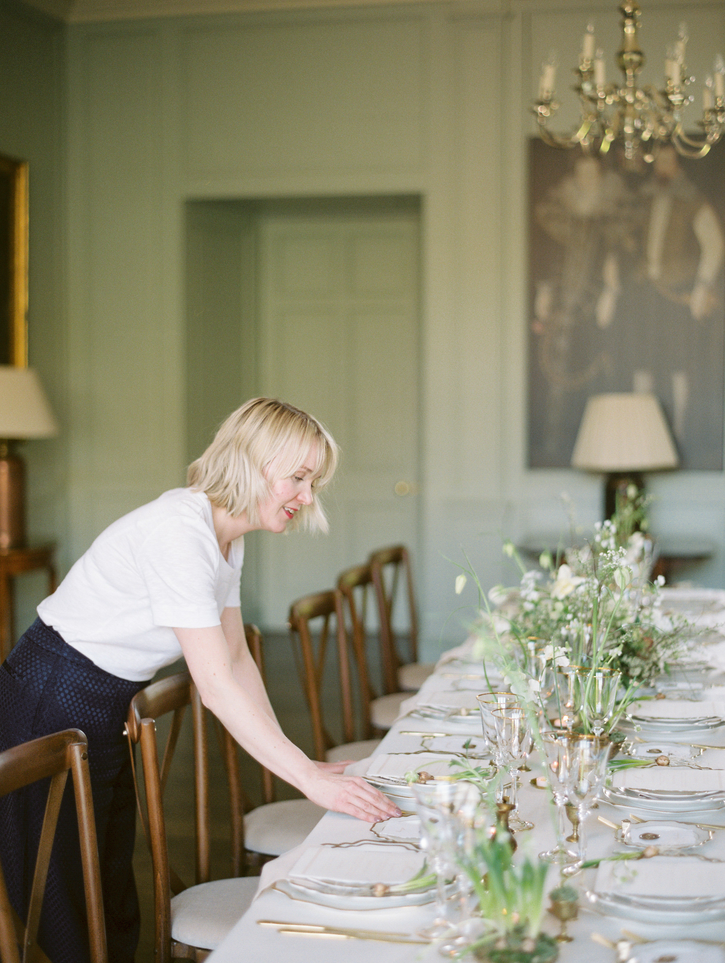 The Timeless Stylist-Spring Tablescape Styling-Wedding Designer and Stylist