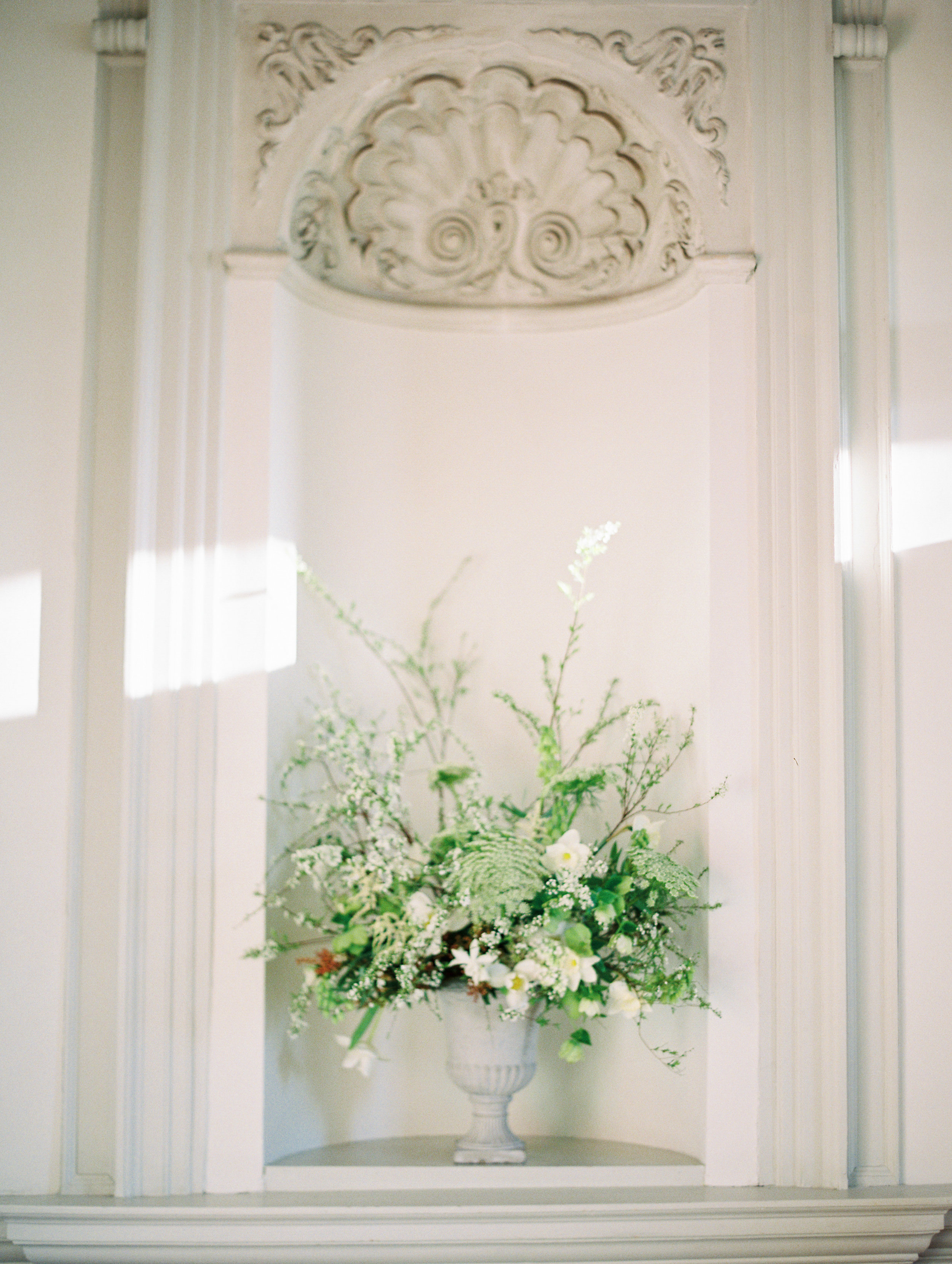 The Timeless Stylist-Elegant Wedding and Event Styling-Spring Wedding Flowers Urn-Stately Home Wedding