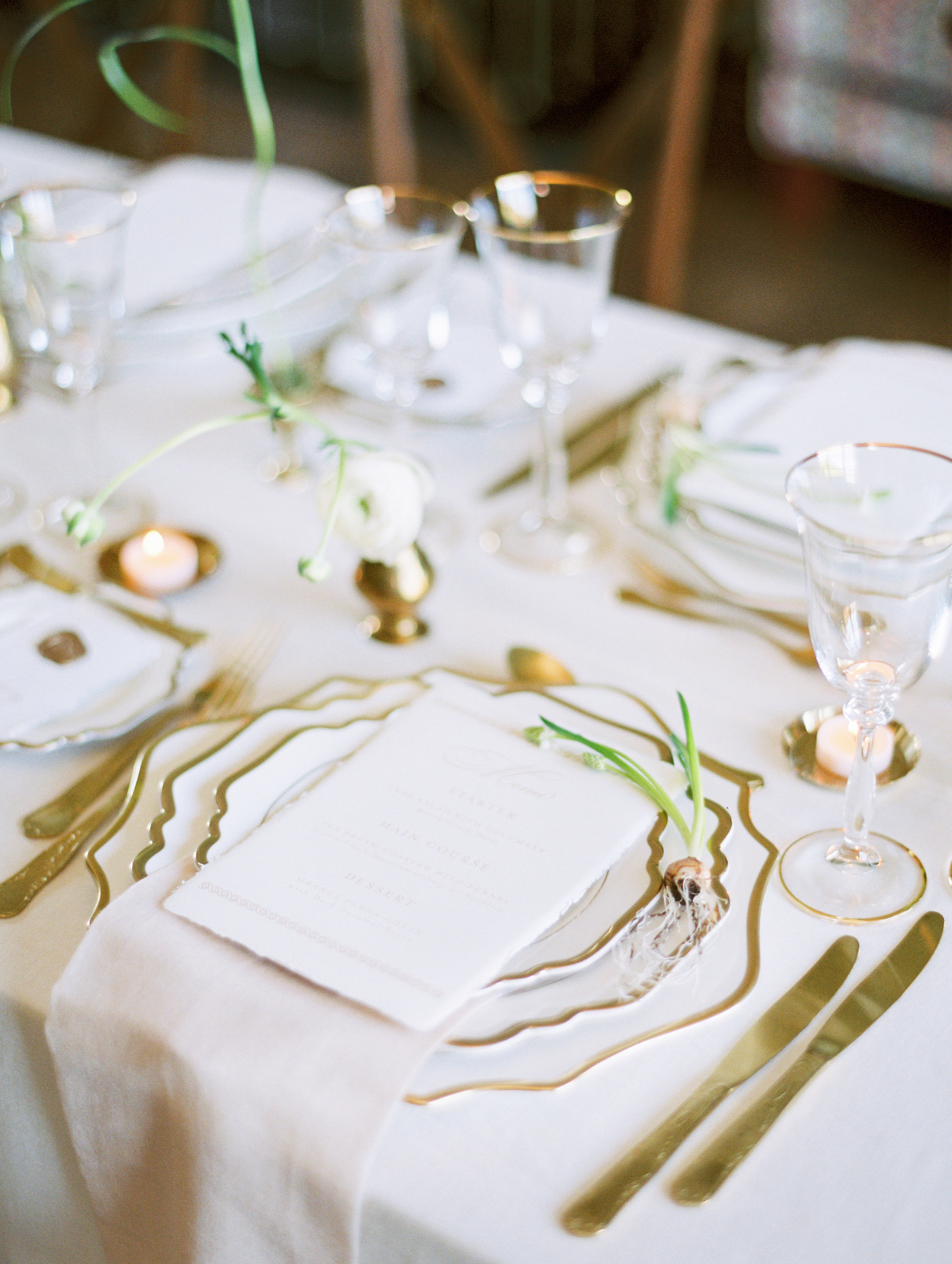 The Timeless Stylist-Neutral Palette Spring Wedding Table