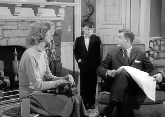 "June's first look, Beaver's tie has been ""kiped"", the original Ward"