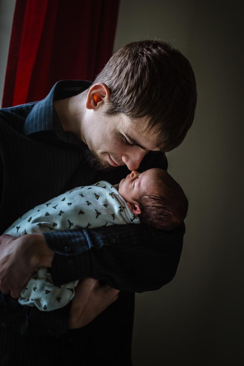 newborn-and-dad.jpg