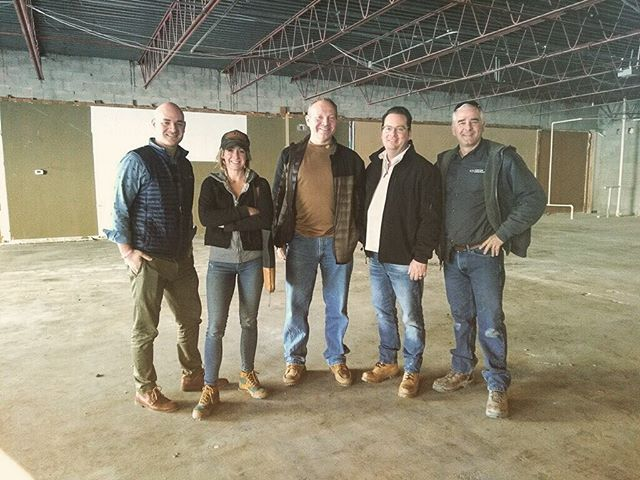 Our design & build team standing in the demo-ed space of what will soon become the newest addition to the Japan Marketplace in Kenny Center, north #Columbus. If you haven't yet checked out Akai Hana, Tensuke Express, Belle's Bread and Sushi Ten, you're missing some of the most authentic the city has to offer. We're excited to add one more to that list 🙇🏼♀️🙇🏻♂️ MODA4  architects with Compton Construction, DIRTT and 1/2 Sidecar (Killian couldn't make the visit). A solid team ✏️📐🔨🚧 . . . #asseenincolumbus #columbusdesign #columbusohio #construction #demo #design #build #workteam #alwaysthesolofemale