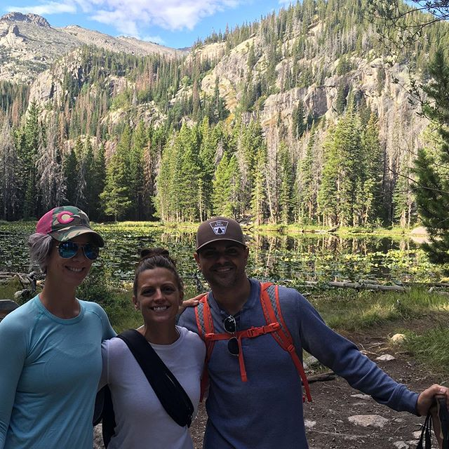 I'm a lucky girl to have such good friends in cool places. #estesparkcolorado #rockymountainnationalpark #hiking #cabininthewoods #goodtimes #gypsylife #travel