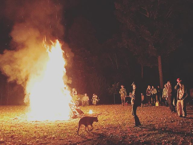 Last weekend. Ceremoniously burned our shitty couch (thanks @michaelccash and @kyongsoncash ) watched Devil's Staircase Hillclimb in Dayton, OH w my mans and some A+ folks. 👌🏼