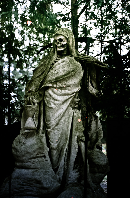 The Reaper at Melaten Cemetery in Cologne (depicted on the map for this episode). Photo by Flickr user Alexander Boden.  CC by-SA 2.0