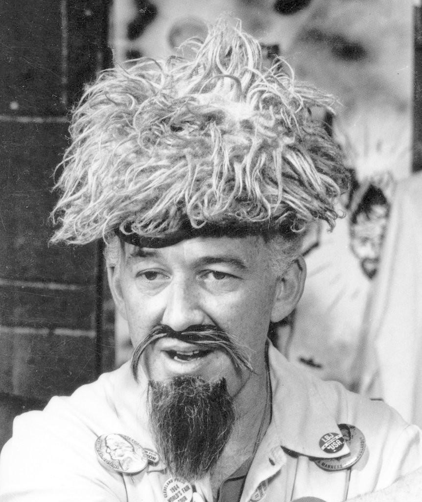 """Ernie Anderson as """"Ghoulardi"""""""