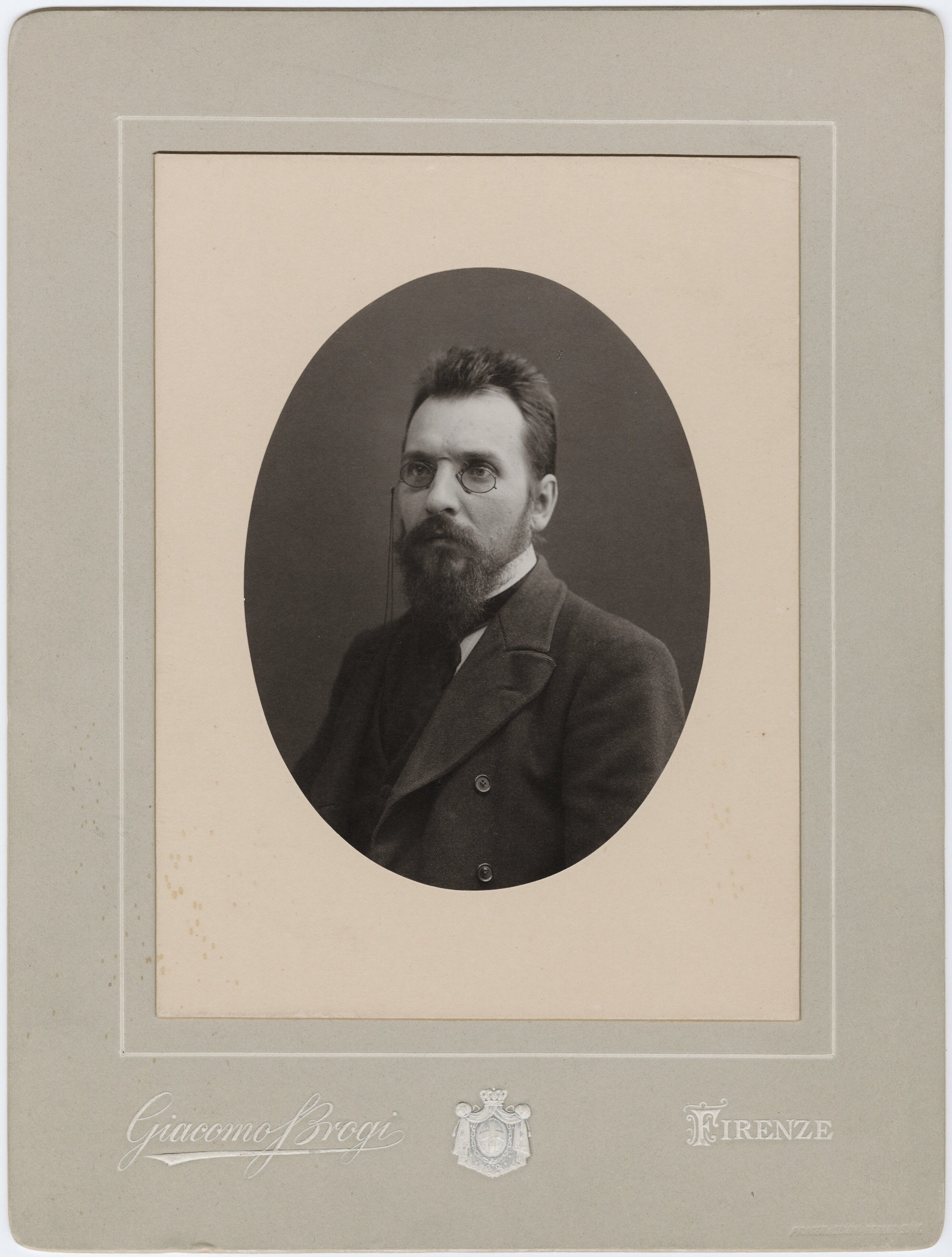 Undated photo of Wilfrid Voynich, from the Beinecke Rare Book & Manuscript Library, probably shortly after 1900