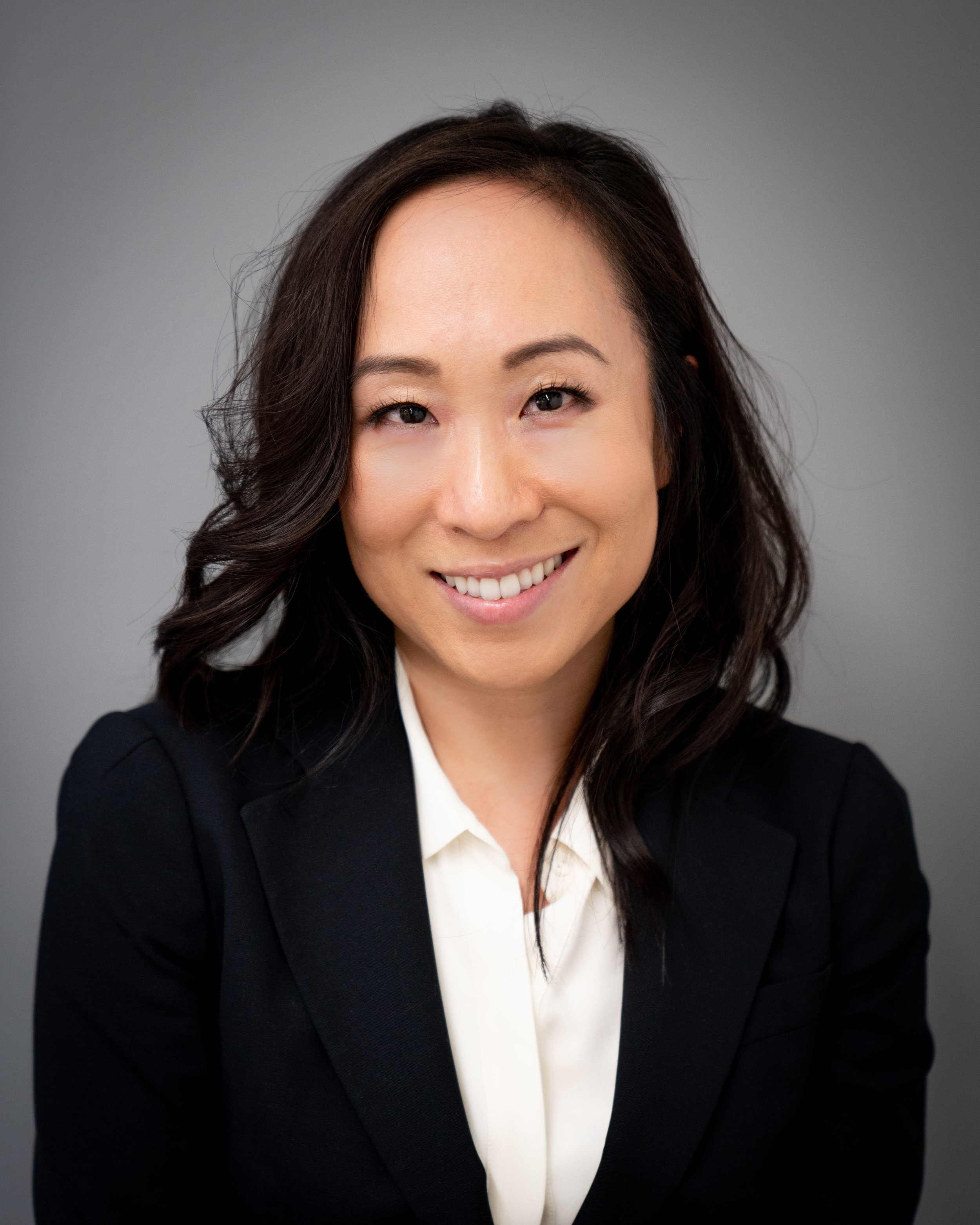 "Cynthia Hwang    Senior Vice President   Cynthia has 17+ years of experience advising a variety of clients in the life sciences industry – including generic drug manufacturers, ""traditional"" brand drug manufacturers, and manufacturers of specialty therapeutics (including gene therapy)"