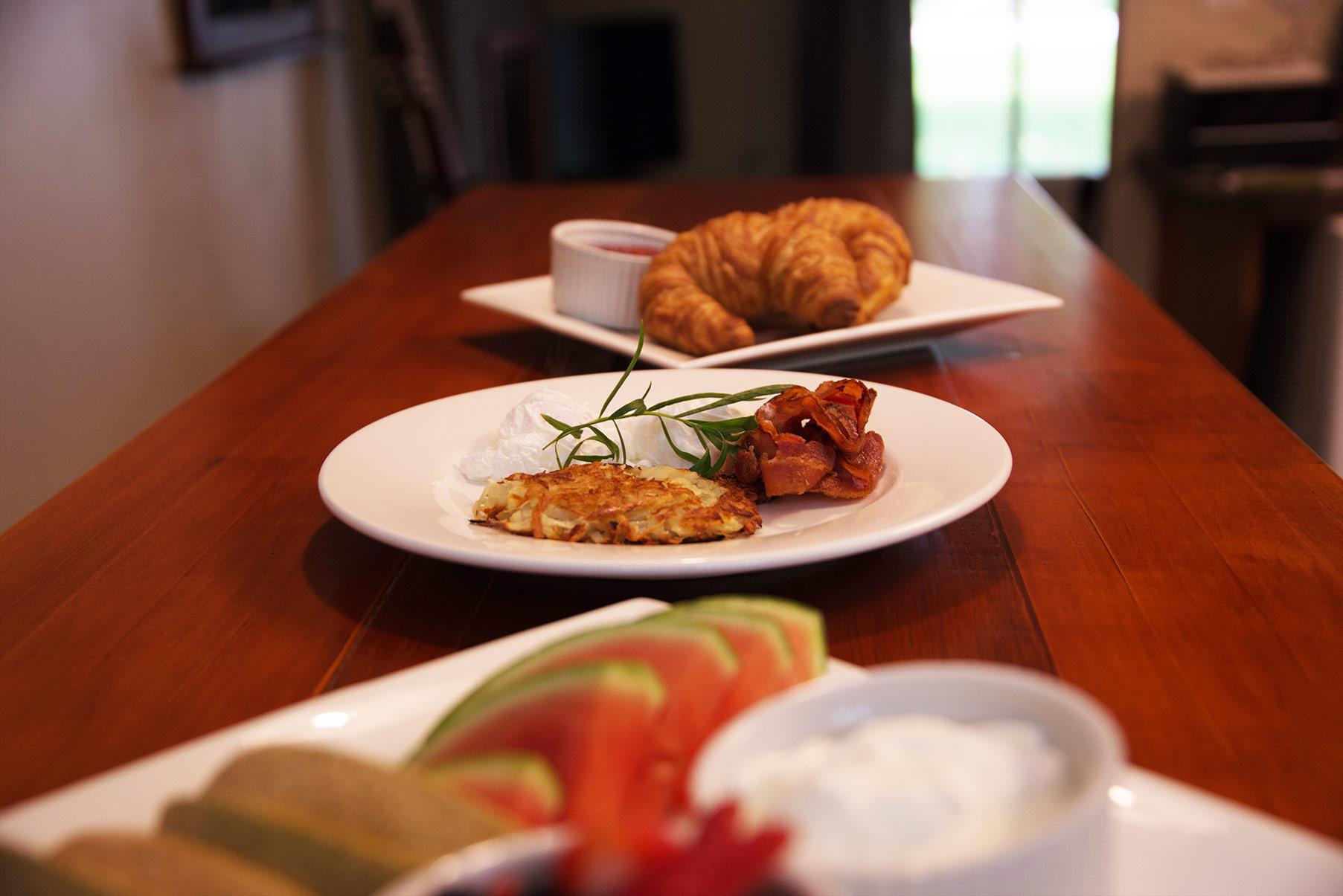 breakfast-served-for-you.jpg