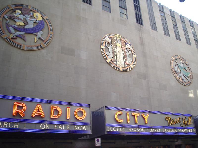 radio-city1.jpg