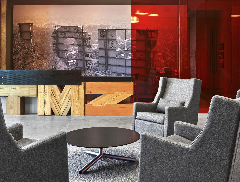 TMZ LA  (4).jpg