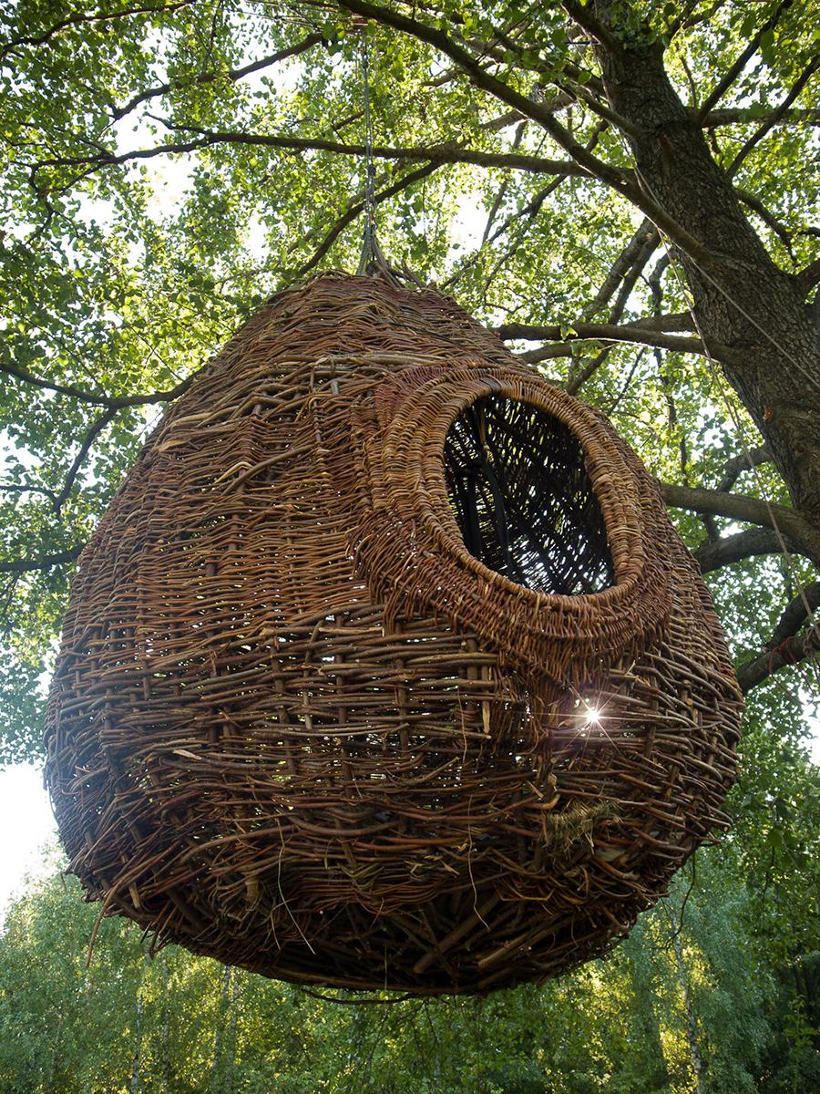 Jan Sajdak gniazdo remiza instalacja 200 cm na 400 cm.jpg