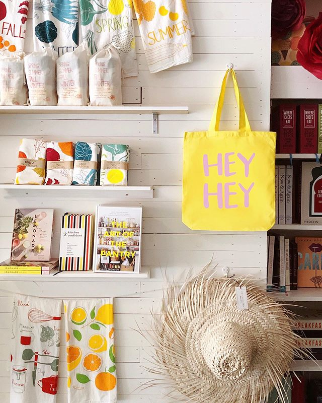 Hey #PFSummer19 preview market attendees, we're not even done sharing your perks! You'll also get one of these sunny yellow totes from our sponsor @heyrooster which were printed right here in Nashville at @friendlyarctic ☀️☀️☀️