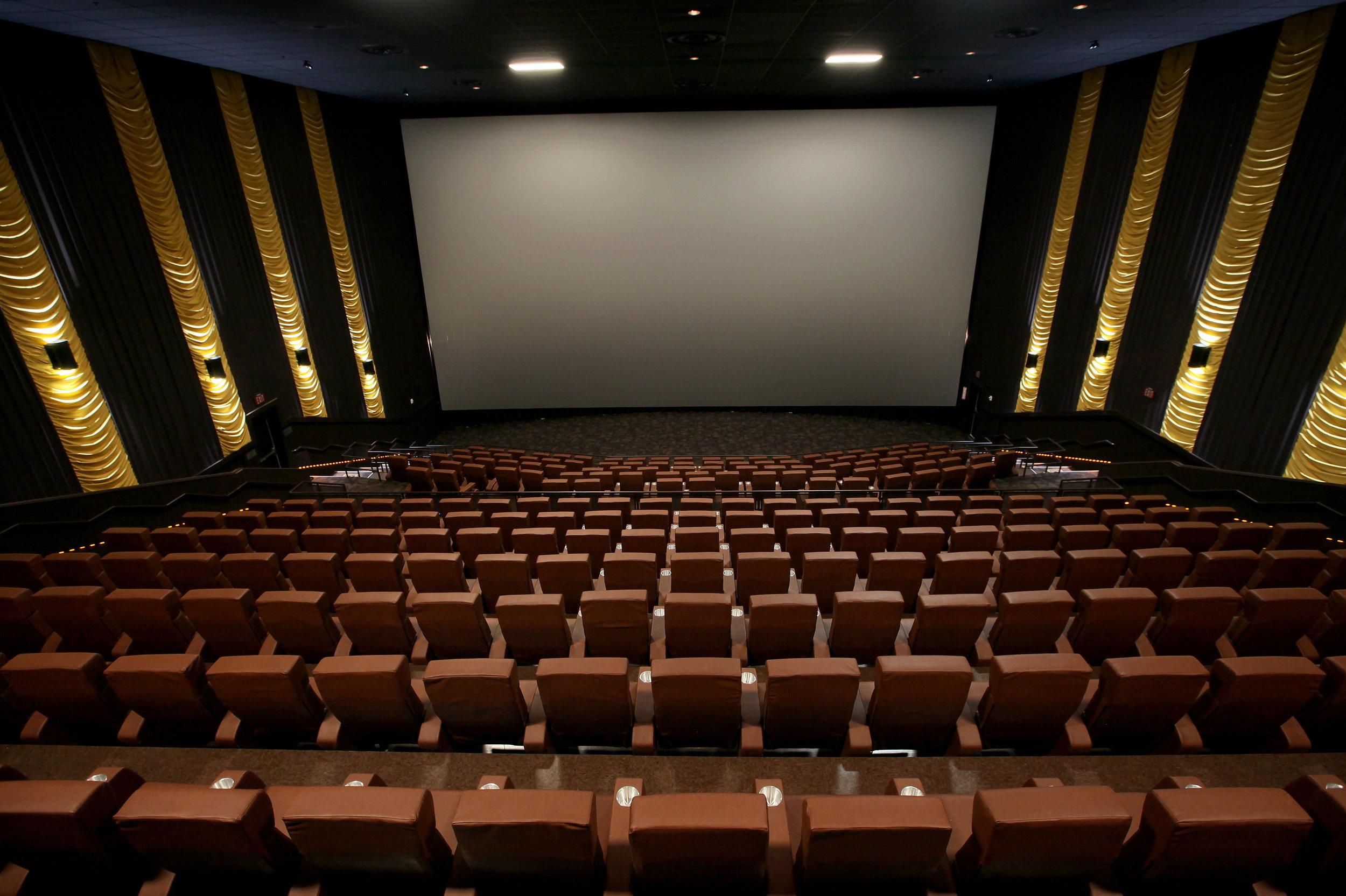 ADW-Entertainment-CineBowl-Grille-Blacksburg-VA-11.jpg