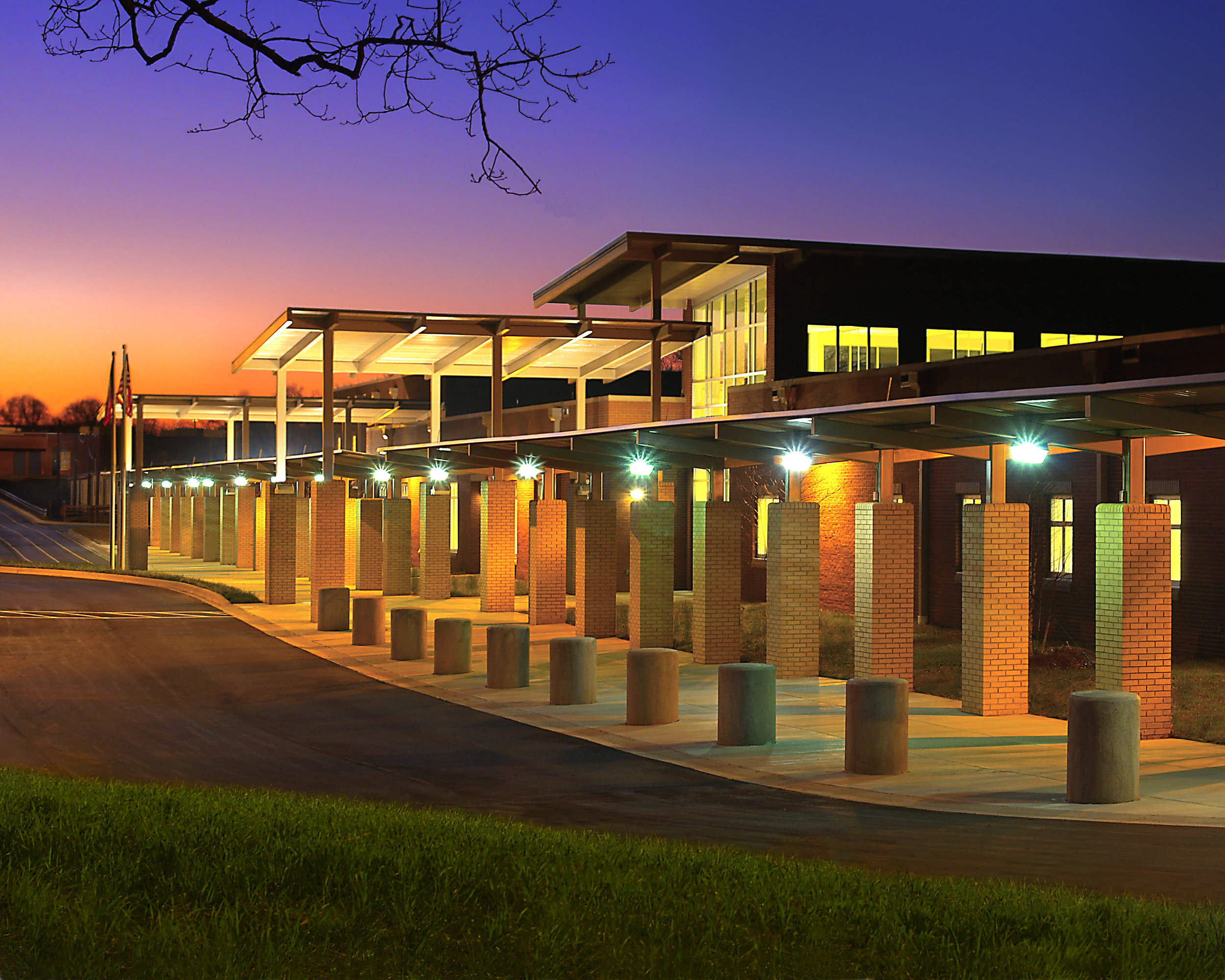 ADW-K-12-Education-Hickory-Grove-Elementary-School-Charlotte-NC-Exterior.jpg