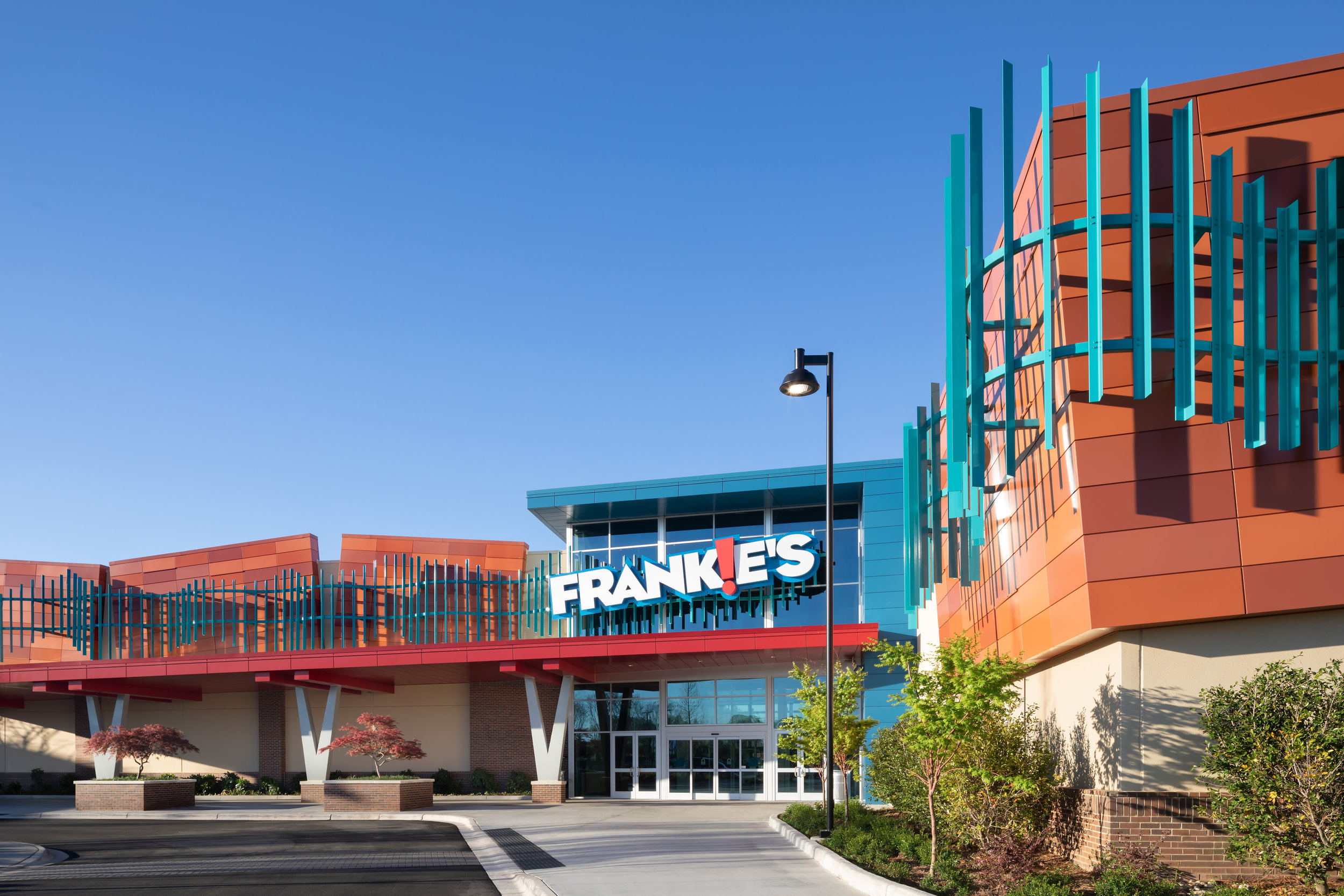 ADW-Entertainment-Frankie's-Fun-Park-Huntersville-NC-Exterior-Main Entrance.jpg