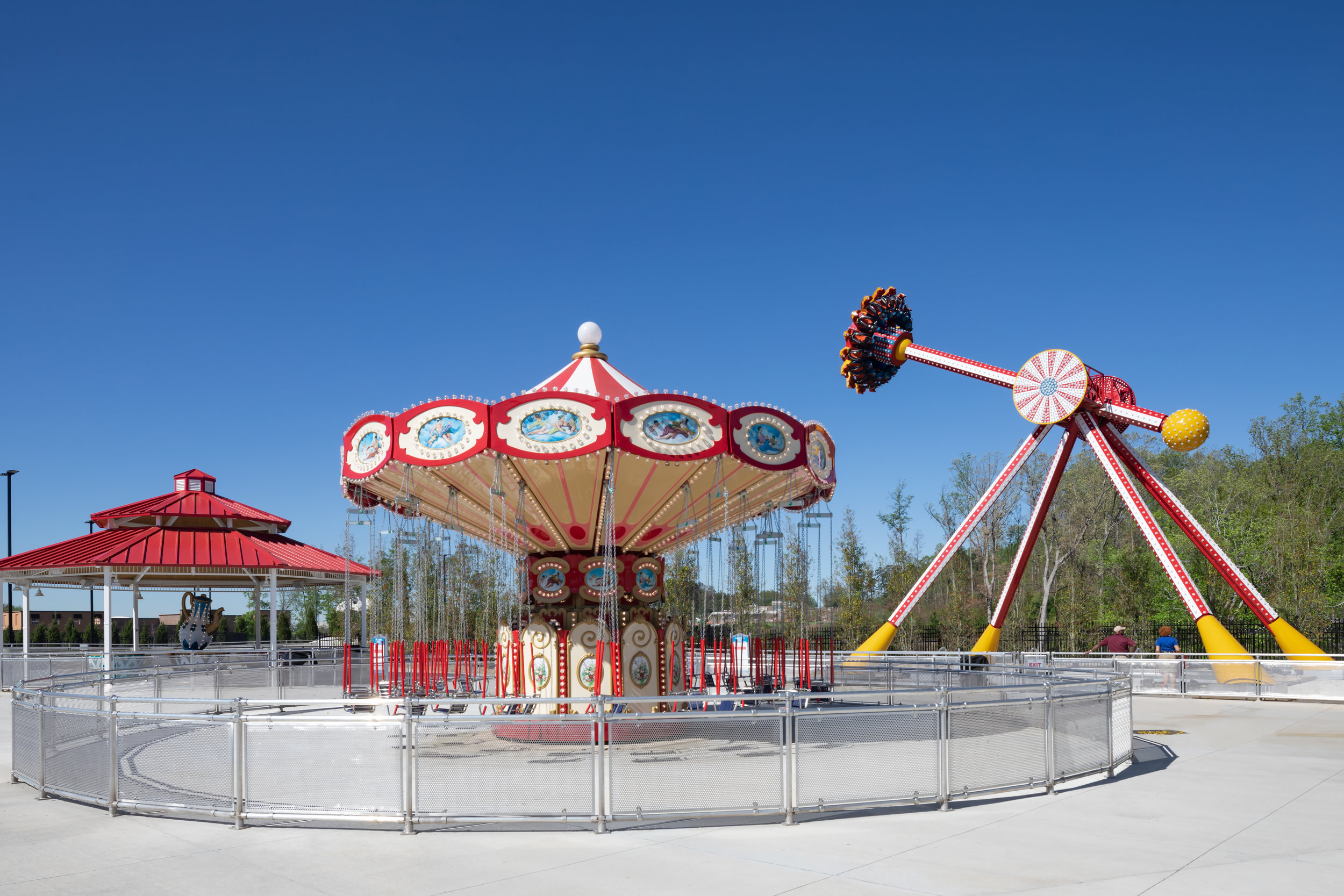 ADW-Entertainment-Frankie's-Fun-Park-Huntersville-NC-Exterior-Swings.jpg
