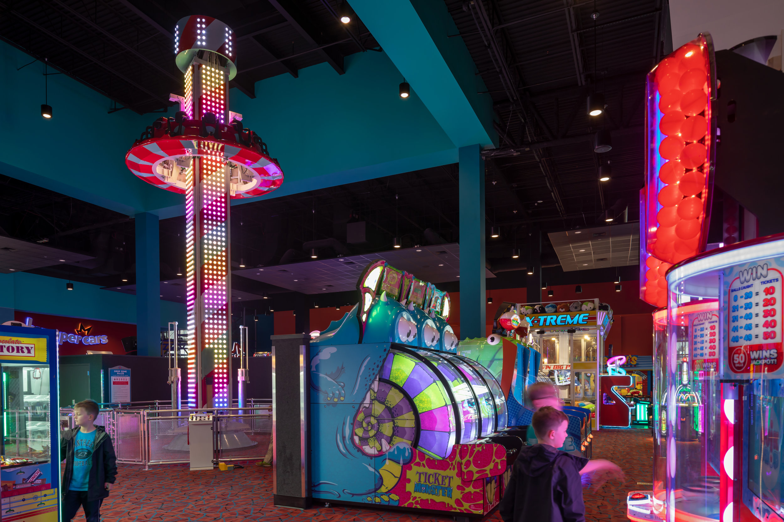 ADW-Entertainment-Frankie's-Fun-Park-Huntersville-NC-Interior-Drop Zone.jpg