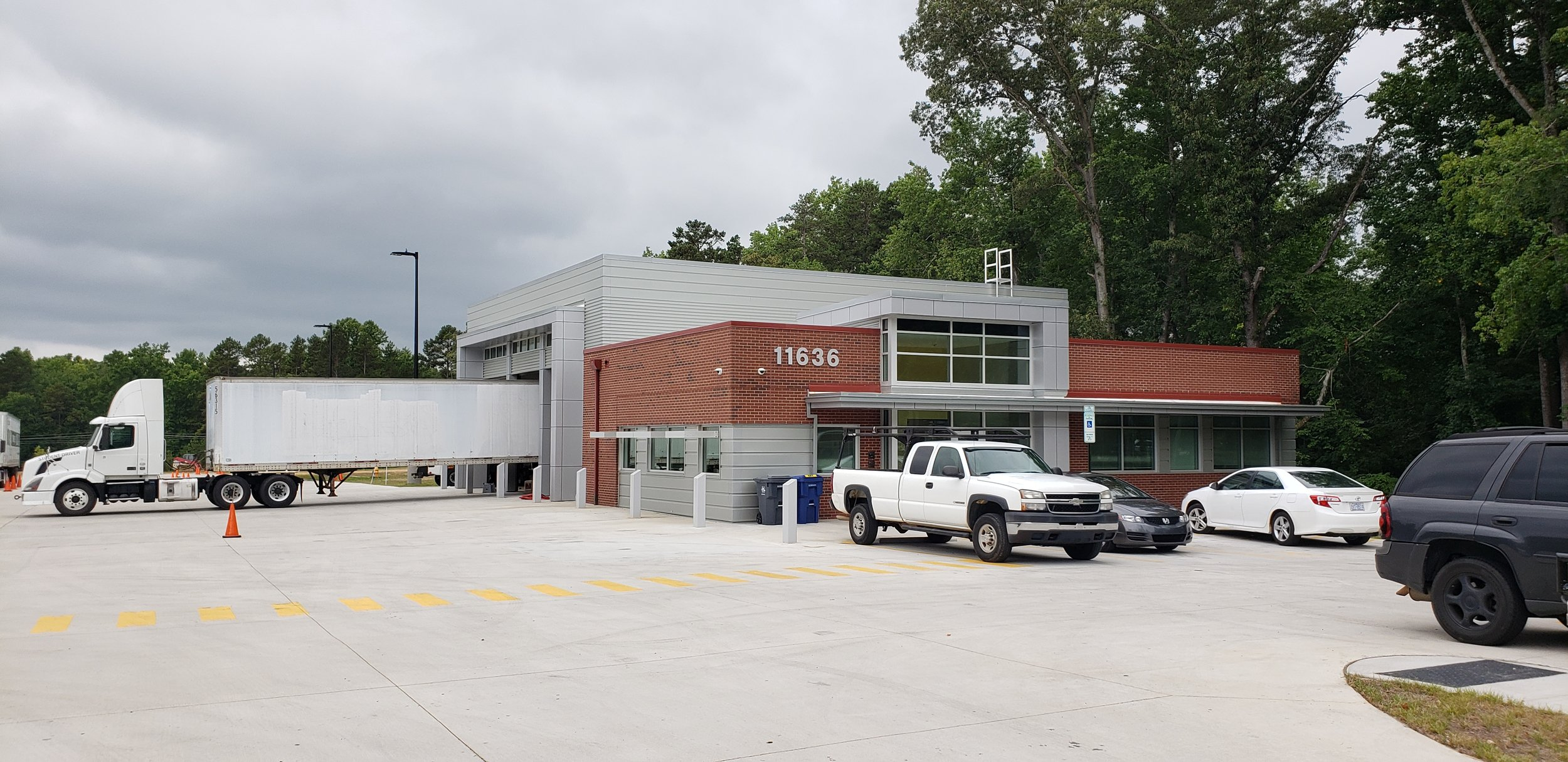 ADW-Education-CPCC CDL & Driving Lounge-Exterior-Entrance.jpg