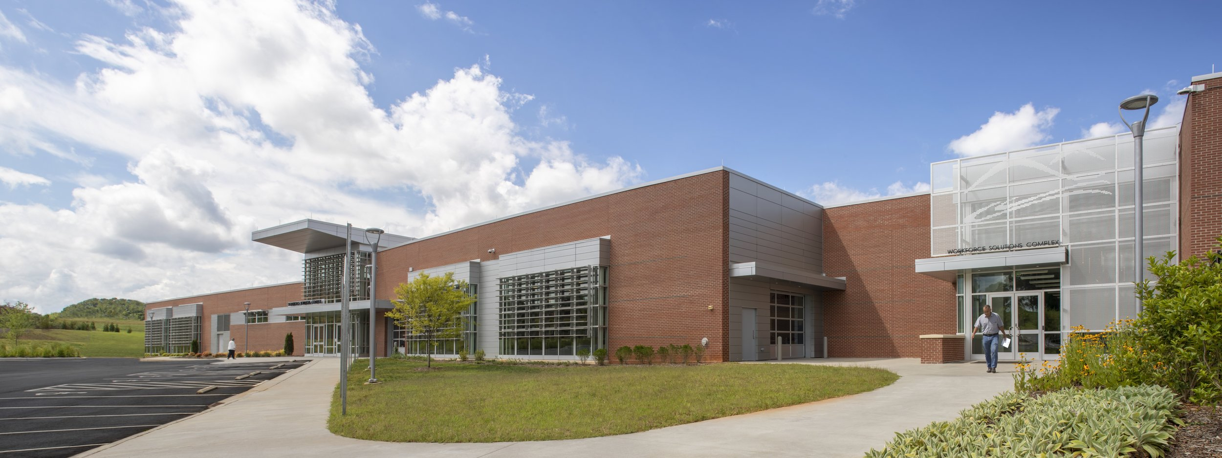 ADW-Higher-Education-CVCC-Hickory-NC-Workforce-Solutions-Exterior-Back.jpg