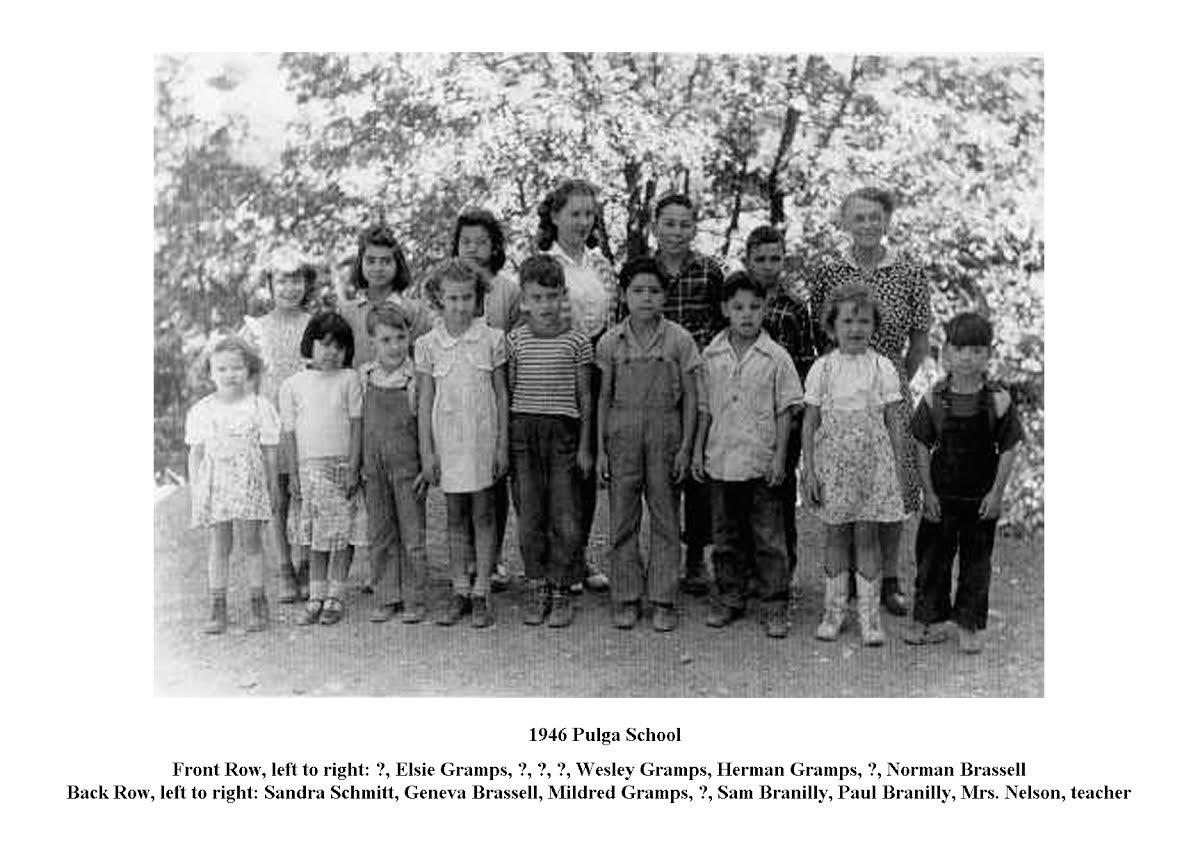 1946 Pulga School Class.jpg