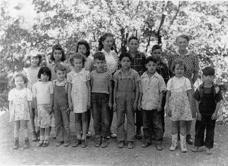PULGA CLASS 1946.jpg