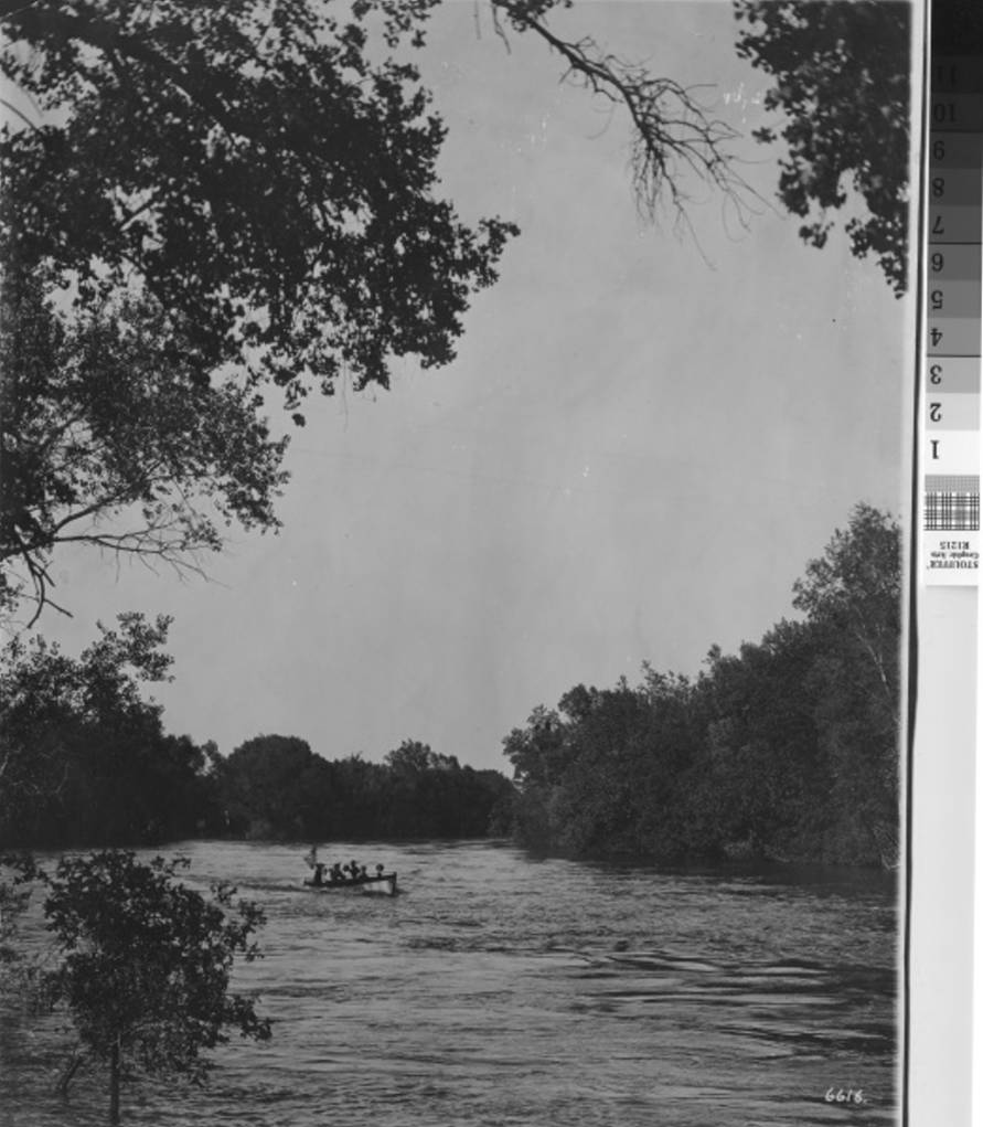 1915 Boating on the Feather River .jpg