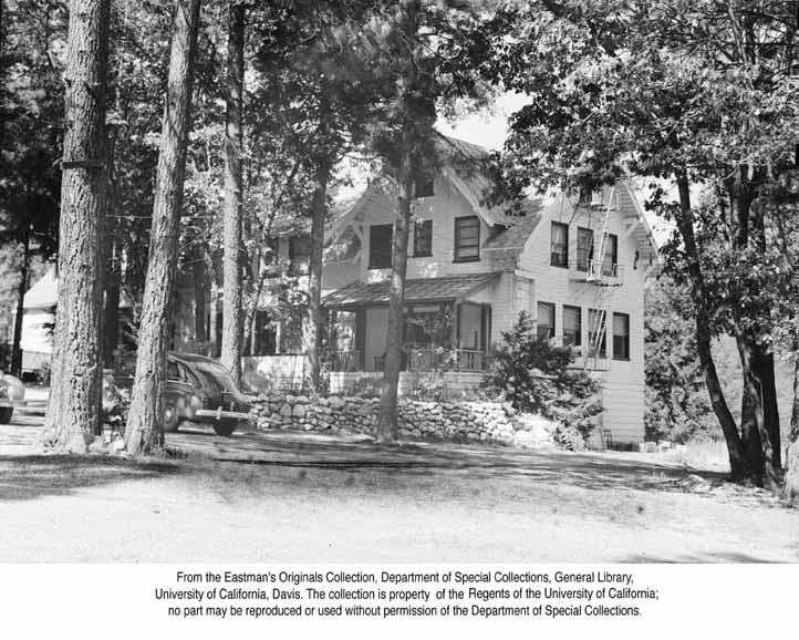 1949 Rainbows End Resort, Paxton, Feather River Canyon .jpg