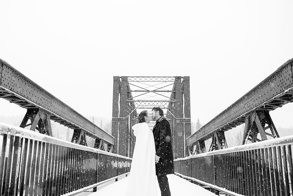 canmore-winter-wedding