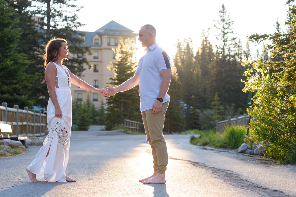 lake louise sunrise engagement photography