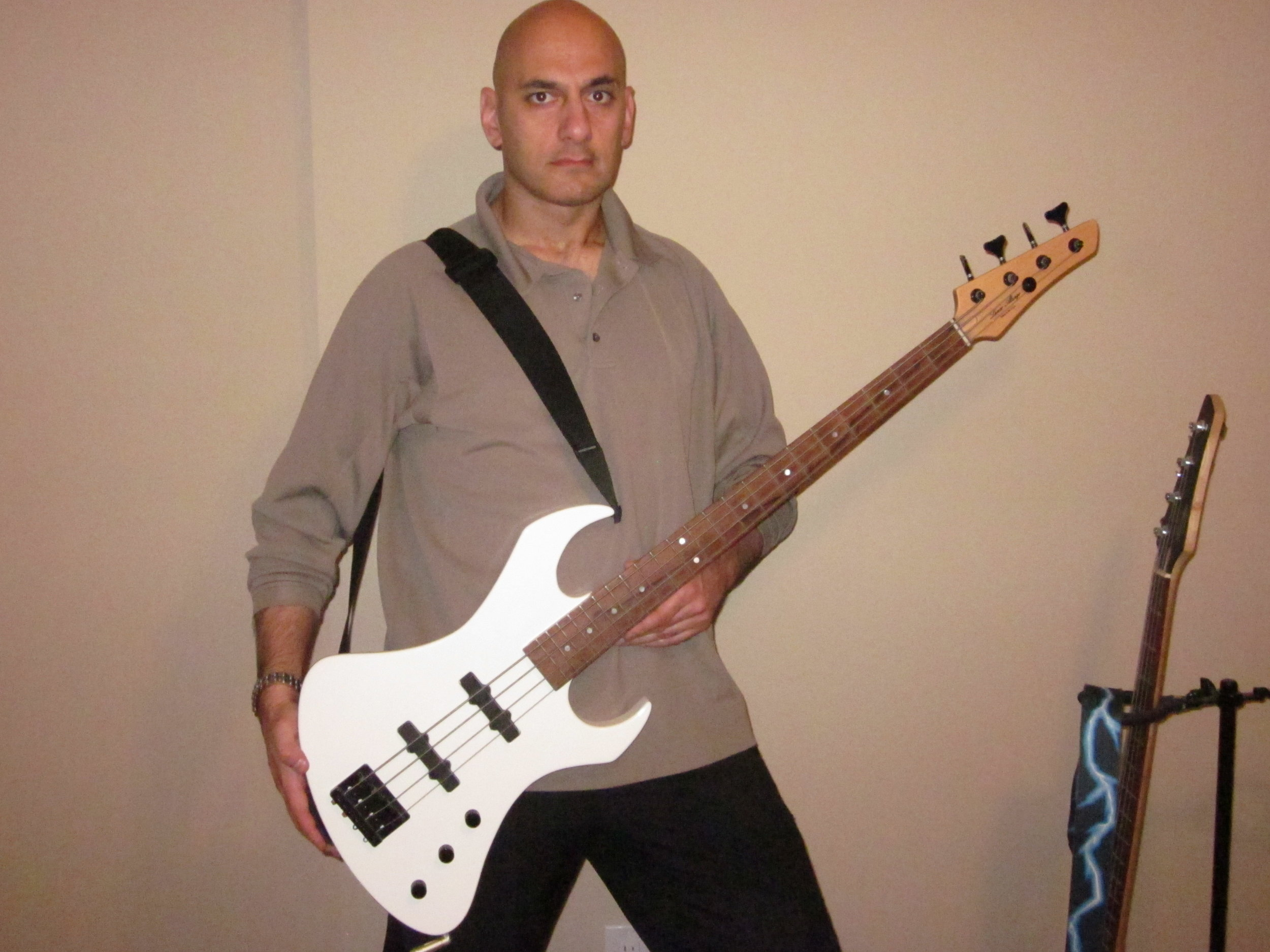 Lev Kand with A/V bass
