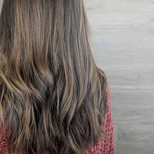 There's a certain beauty in subtlety. . . . . #hair #hairartist #haircolor #subtle #brunette #blonde #haircolormagic #hairmakeover #hairlove #barberlove #colorado #coloradosalon #coloradohairstylists #coloradosbest #greeley #greeleysbest #greeleyhairstylist #greeleyartist @greeleylocal @joico #feelthejoi #ipainthair