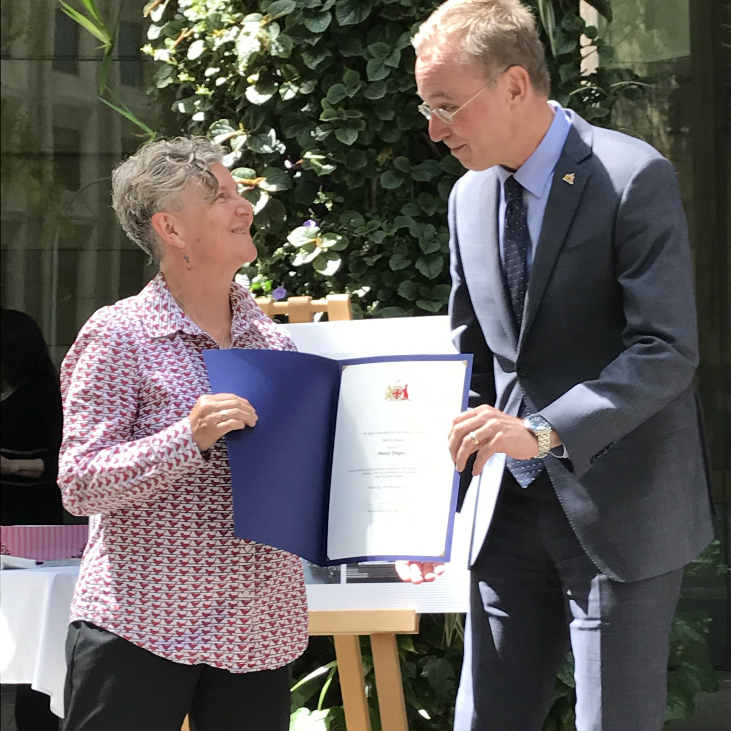 CCP Experiment Team Member Mandy receiving the award of a  Green City Grant  from Adelaide Lord Mayor Martin Haese this week.