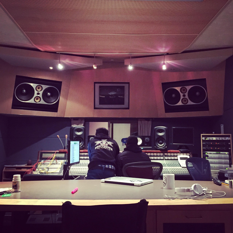 Studio B w Kavale.JPG