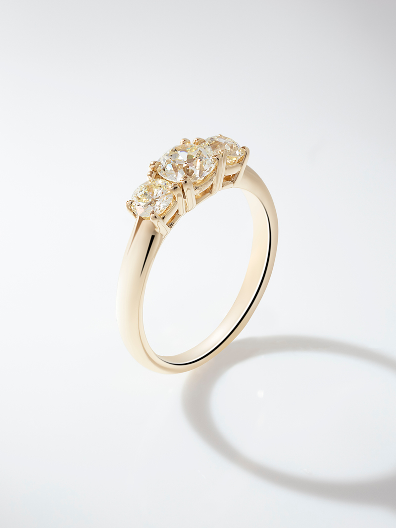 cincin pernikahan three stone