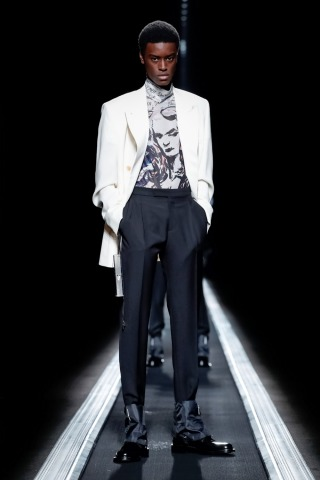 Christian Dior-227703_320n.jpg