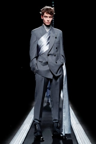 Christian Dior-227708_320n.jpg